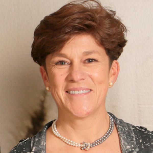 Dra. María Teresa Bernal